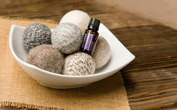 Laundry Essentials: A Natural Alternative to Fabric Softener and Dryer Sheets